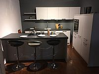 Showroomkorting.nl de grootste en voordeligste woonwinkel van