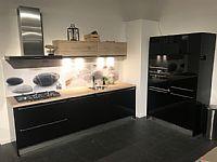 zwart hoogglans keuken