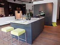Keller moderne eiland keuken