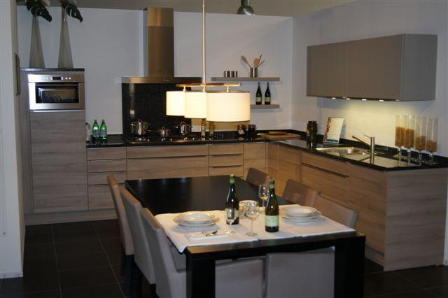 De voordeligste woonwinkel van nederland schmidt keuken met hout look - Keuken schmi ...