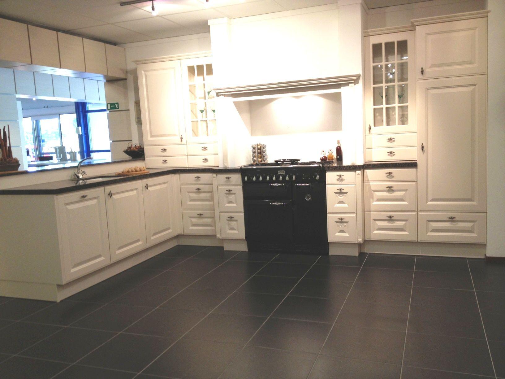 Keller keukens is puur dutch design product in beeld