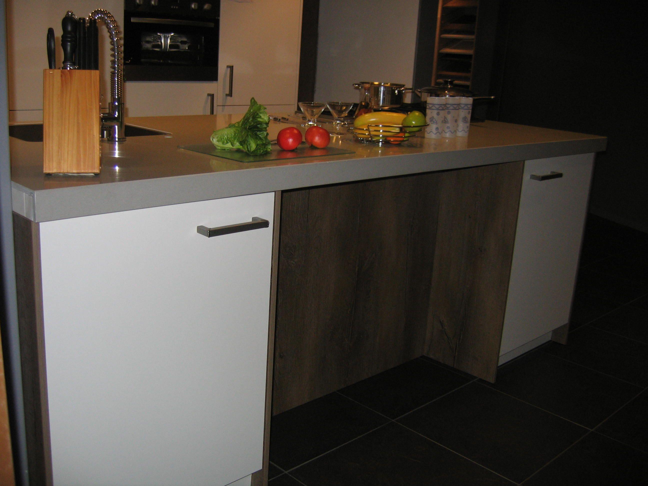 Keukens.nl3 modern rotpunkt eiland keuken [33572]